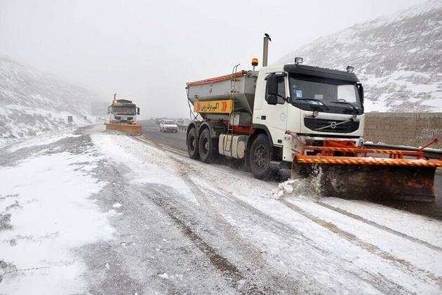 برف و کولاک در ۱۷ استان کشور؛ تلاش برای بازگشایی راهها