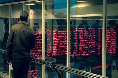 سهام دولت در «ایران خودرو» و «سایپا» در اتاق شیشهای واگذار شود