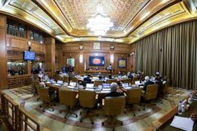 تذکر به شهرداری در خصوص عدم ارائه گزارش برنامه سوم توسعه
