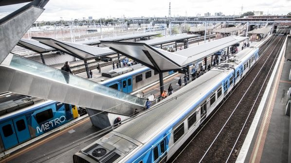 Melbourne suburban line power upgrade contract awarded