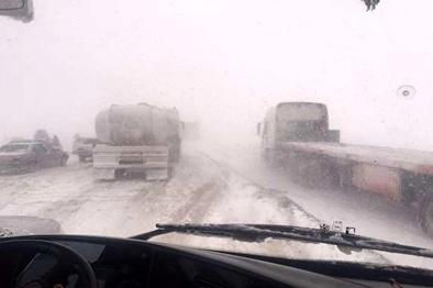 برفروبی و بازگشایی ۱۴۰ کیلومتر جاده در خوزستان