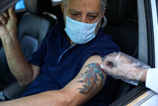 افتتاح بزرگترین سایت خودرویی تزریق واکسن در کشور