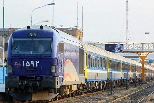 ۸۸۰ رام قطار به زائران اربعین خدمت رسانی می کند