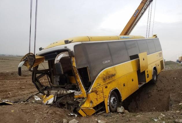 سانحه رانندگی در آزاد راه قزوین- کرج با 21 مصدوم