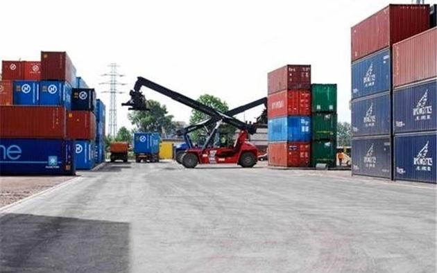 توسعه صادرات اصفهان نیازمند احداث بندر خشک