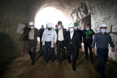 مرحله نخست طرح قطار شهری قم باید در سه ماهه نخست امسال تکمیل شود