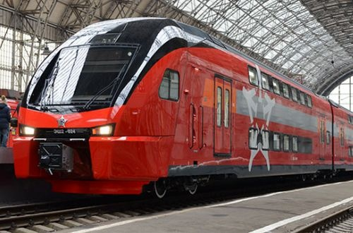 Aeroexpress Kiss EMUs enter revenue service