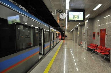 رفع مشکل سرویس دهی در خط یک مترو