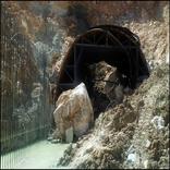 رانش خاک و سنگ حین عملیات ایمنسازی ورودی تونل چری اتفاق افتاد