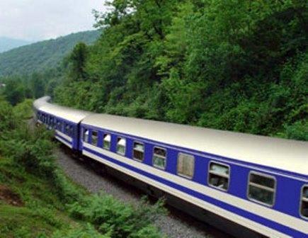 حرکت قطارهای رجا براساس ساعت رسمی کشور