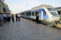 آغاز عملیات اجرایی برقی شدن قطار تهران- مشهد در سال جاری