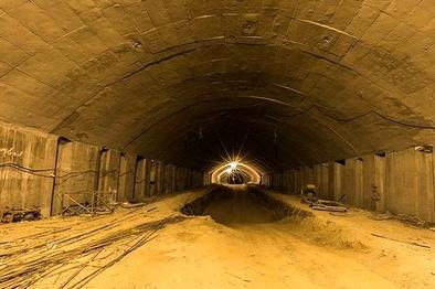 احداث هزار متر تونل در مریوان چند؟