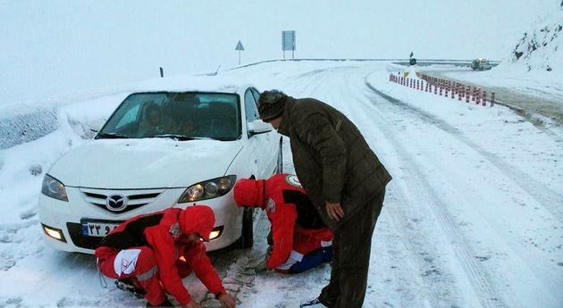 تردد بدون زنجیر چرخ در محورهای کوهستانی ممنوع شد