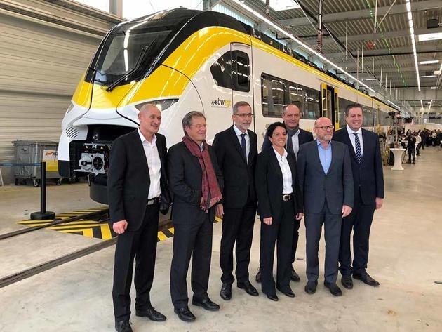 Siemens presents first Mireo EMU