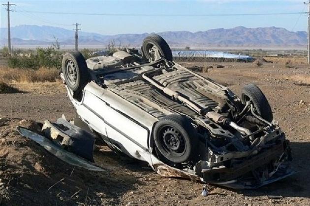 واژگونی خودروی پراید، جان یک تن را در آبیک گرفت