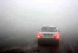 کولاک تردد در چهار جاده زنجان را سخت کرده است