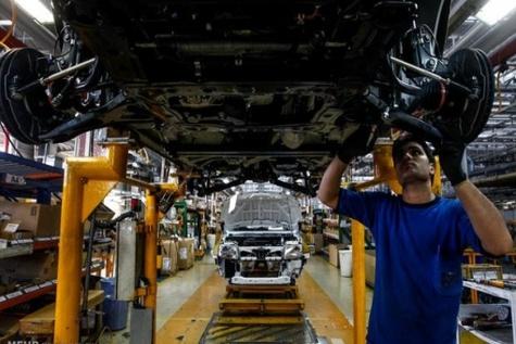 چند نفر در صنعت خودرو ایران کار میکنند؟