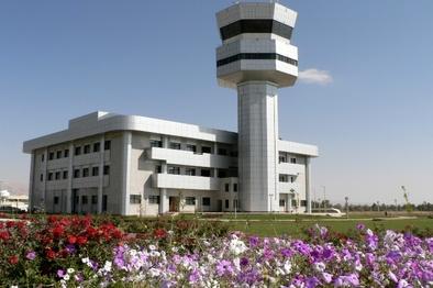 اجرای عملیات جابهجایی چراغ های باند 29 چپ فرودگاه شیراز