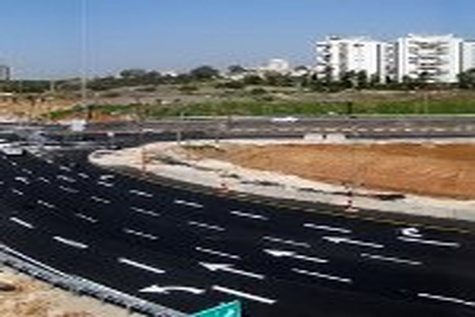 تمام پروژه های راهسازی استان خراسان رضوی فعال است