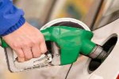 قیمت بنزین باید ۱۷۶۰ تومان باشد! / براساس هدفمندی نرخ گاز باید بیش از ۲۰ برابر فعلی باشد