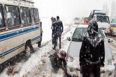انسداد برفی در آزادراه تهران شمال
