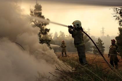تصاویر   آتشسوزی در اتوبان تهران کرج