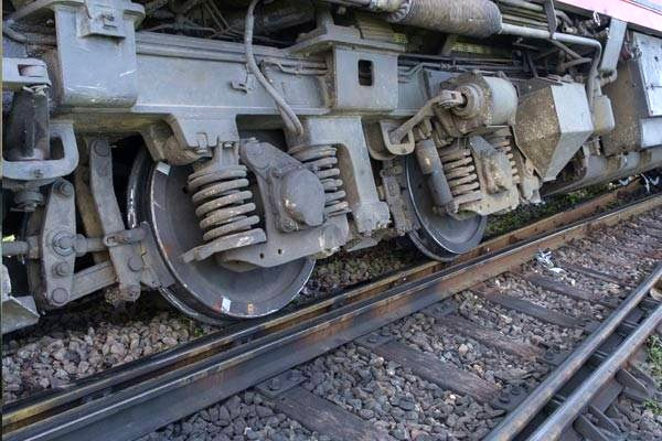 شش زخمی بر اثر خروج قطار از ریل در مصر
