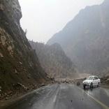ریزش کوه در 4 محور مواصلاتی استان ایلام