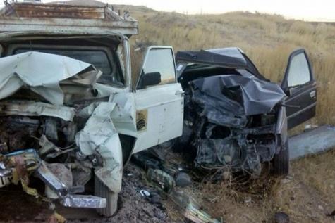 واژگونی پژو ۴٠٥ یک کشته و ۴ مجروح داد