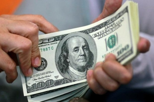کاهش فاصله نرخ اسکناس ارز و حواله