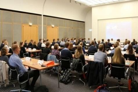 Hapag - Lloyd launches training programs