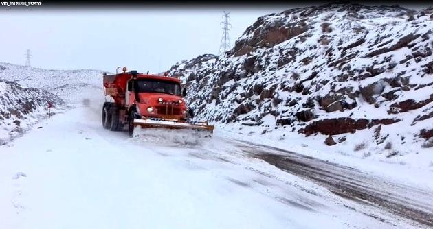اقدامات اداره راهداری و حملونقل جادهای دیهوک در حوزه راهداری زمستانی