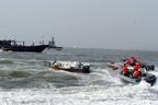 صیادان مسلح در آبهای ایران