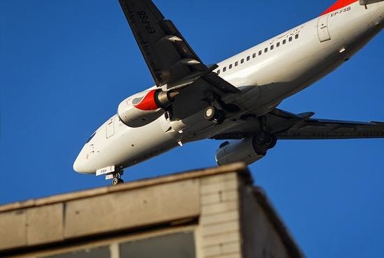 به بهانه هفتاد و پنجمین سالگرد روز جهانی هواپیمایی: پرواز هواپیماها در آسمان تهران