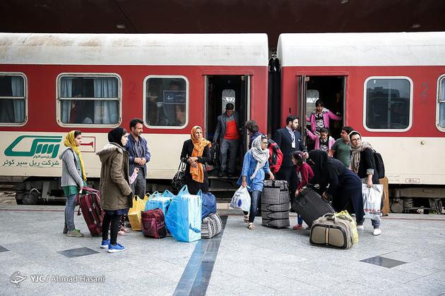 رشد 8درصدی جابه جائی مسافر در راهآهن اراک