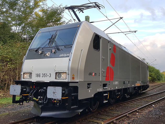 Akiem orders 33 locomotives