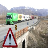 انتقاد رانندگان ترانزیت از تردد کامیونهای خالی خارجی به داخل کشور
