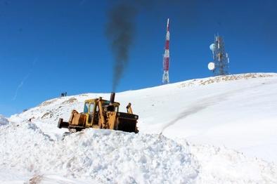 باز شدن  راه برفی فرستنده مالان کوه خلخال
