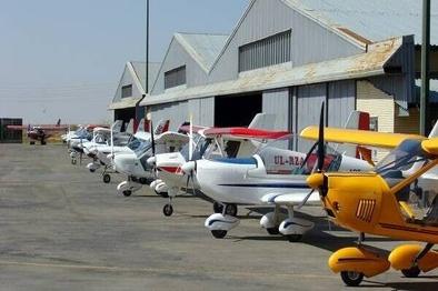 هواپیماهای سبک از زرندیه راهی سراسر کشور می شوند