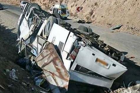 بررسی ابعاد حادثه سقوط اتوبوس سربازان با حضور وزرای مربوطه و پلیس راهور در کمیسیون بهداشت