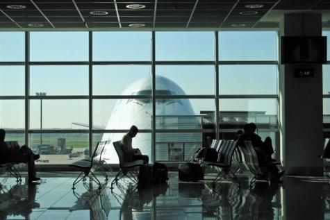 آتشفشان رینجانی ده ها پرواز را در اندونزی لغو کرد