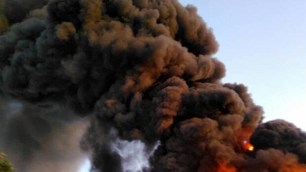 هشدار نسبت به خطر آتش سوزی در پارکینگ مرز ماهیرود