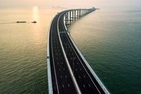 چینیها با این پل، رکورد طولانیترین پل دریایی جهان را شکستند