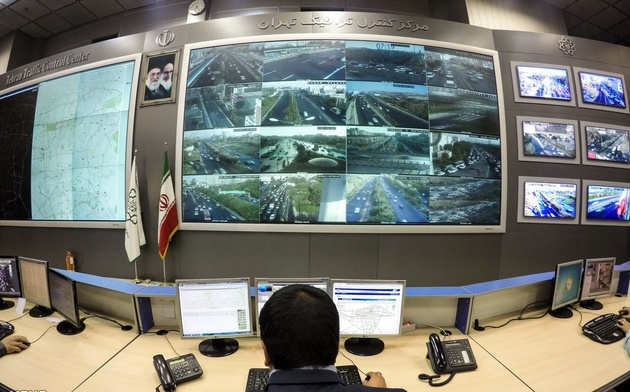 ترافیک سنگین در آزادراه کرج-قزوین/ احتمال سقوط بهمن در محورهای کوهستانی