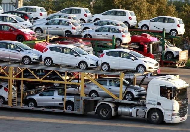 طرح «تسهیل واردات خودرو» باید متوقف شود