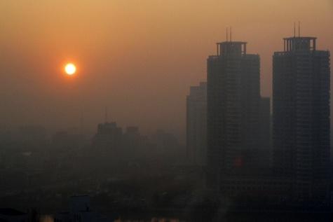 هوای ۵ کلانشهر کشور ناسالم شد / شاخص آلودگی هوای تهران
