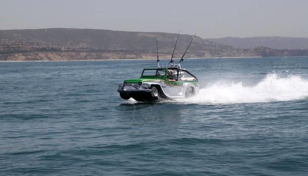 خودرو آبی-خاکی شرکت مهندسی بندبری +تصاویر